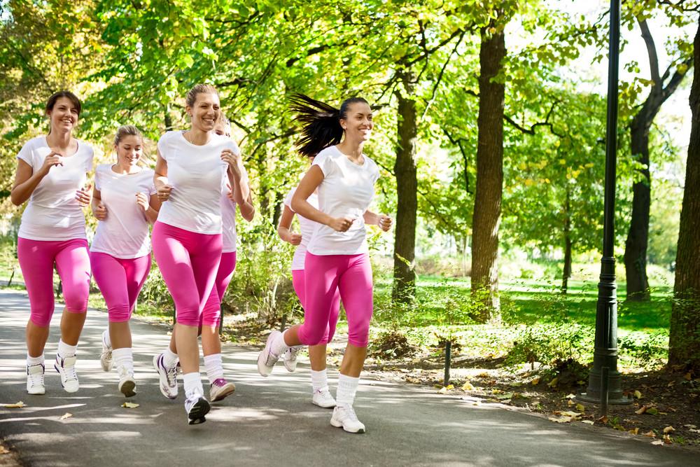 Pratiquez une activité physique : marche à pied, vélo, course à pied, musculation, yoga, sports collectifs
