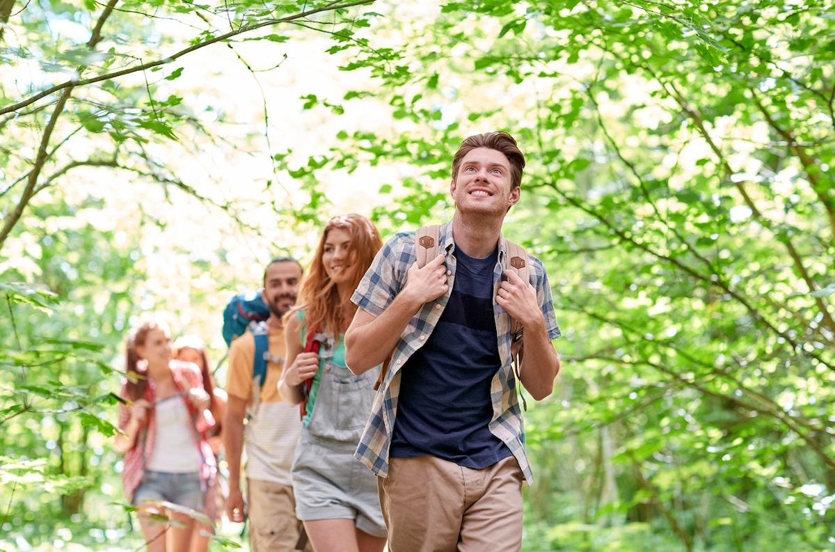 Faire du fitness en s'amusant avec la randonnée