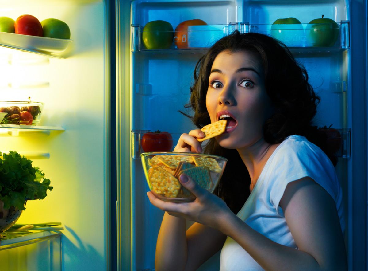 pourquoi ai-je tout le temps faim et l'envie de manger plus, alors que je mange normalement ?