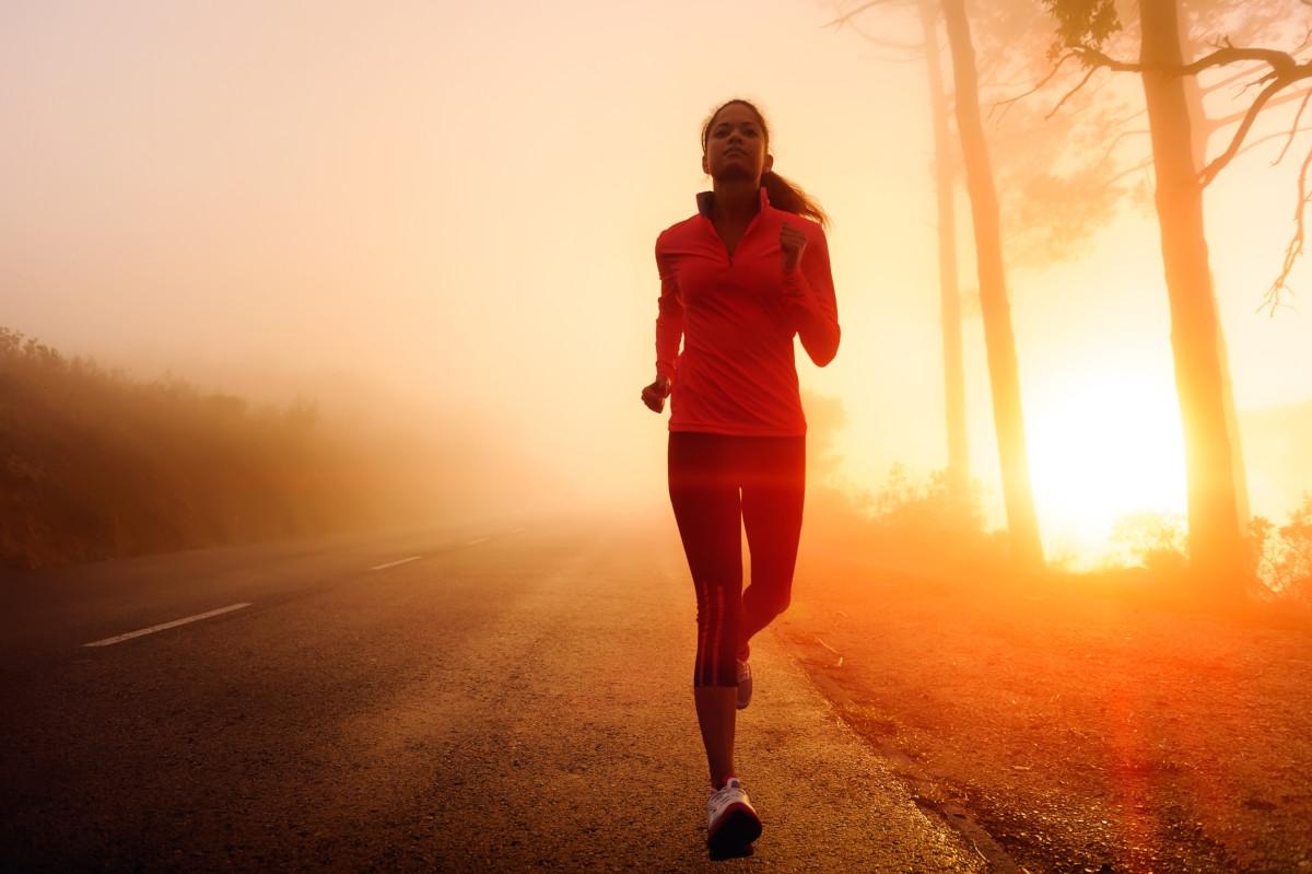 La routine sportive du matin : comment elle améliore votre journée
