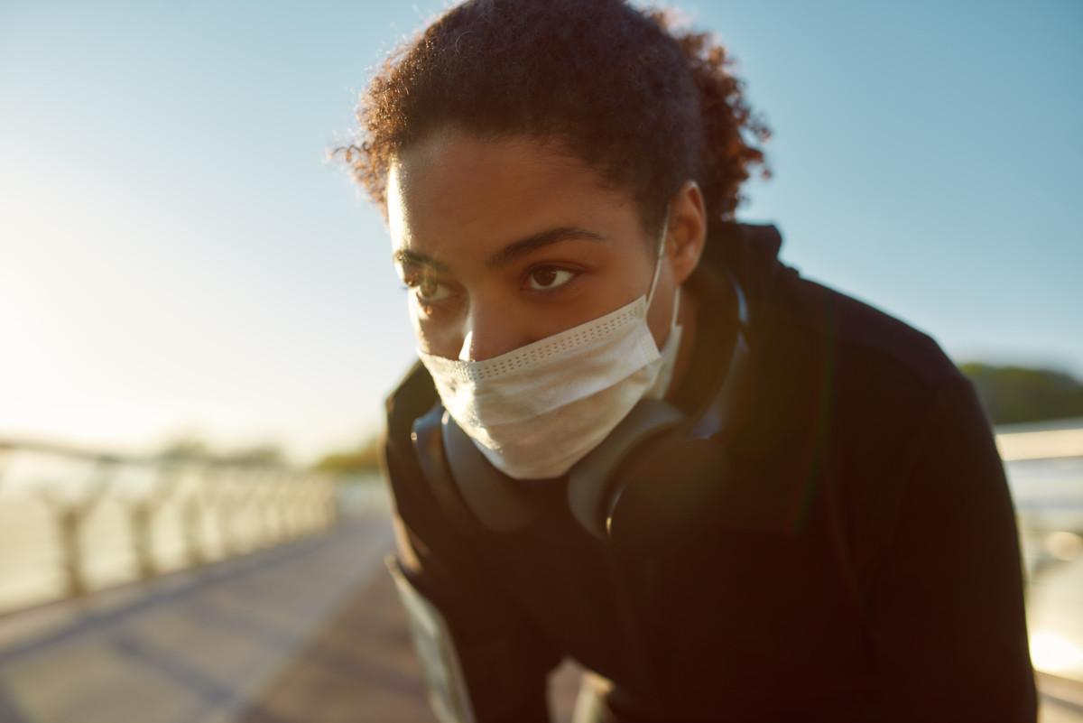 Devriez-vous porter un masque pour faire du sport à l'extérieur (running…) ?