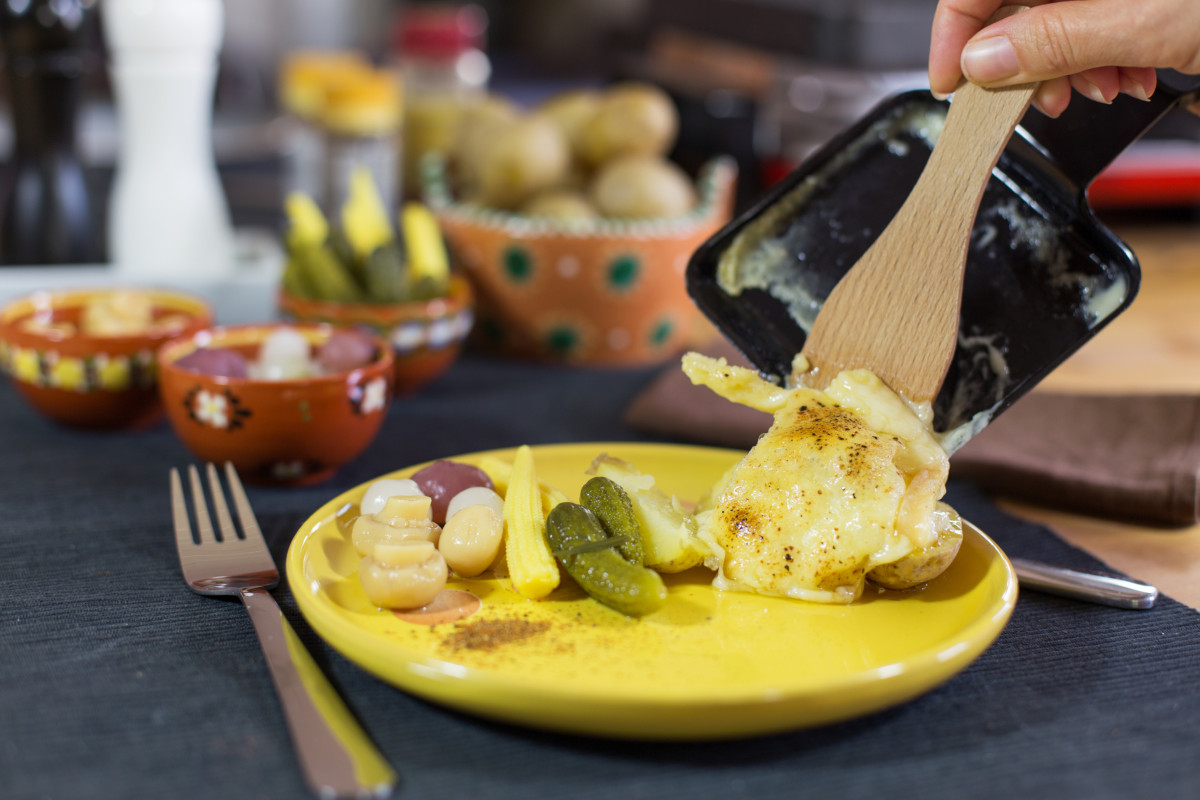 L'après-repas : une étape clé pour que la raclette ne pèse pas !