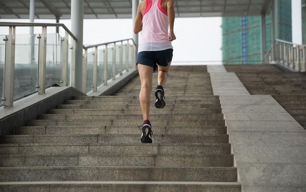 Séance cardio #4 : la course dans les escaliers : 819 par heure