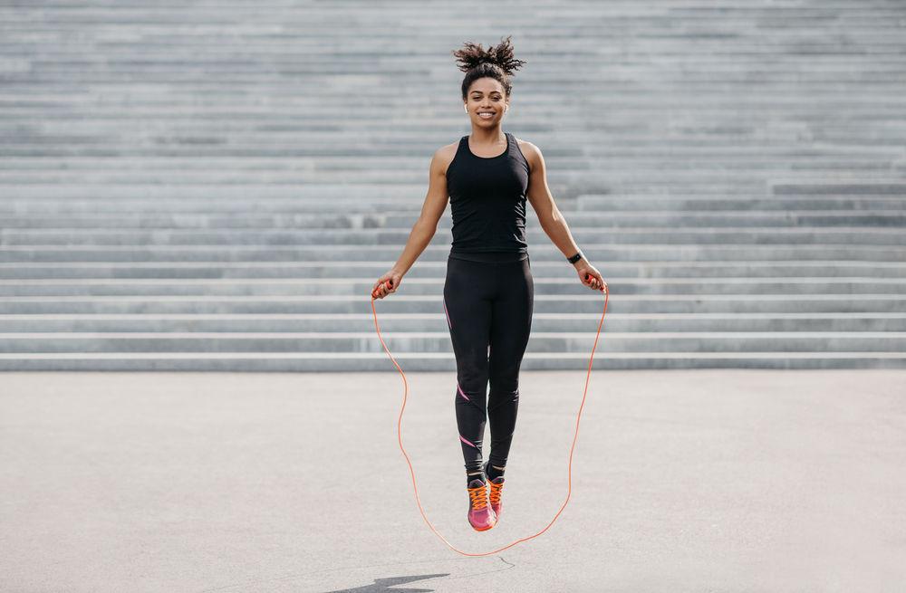 Exercice cardio maison #2 : le saut à la corde : 1074 par heure
